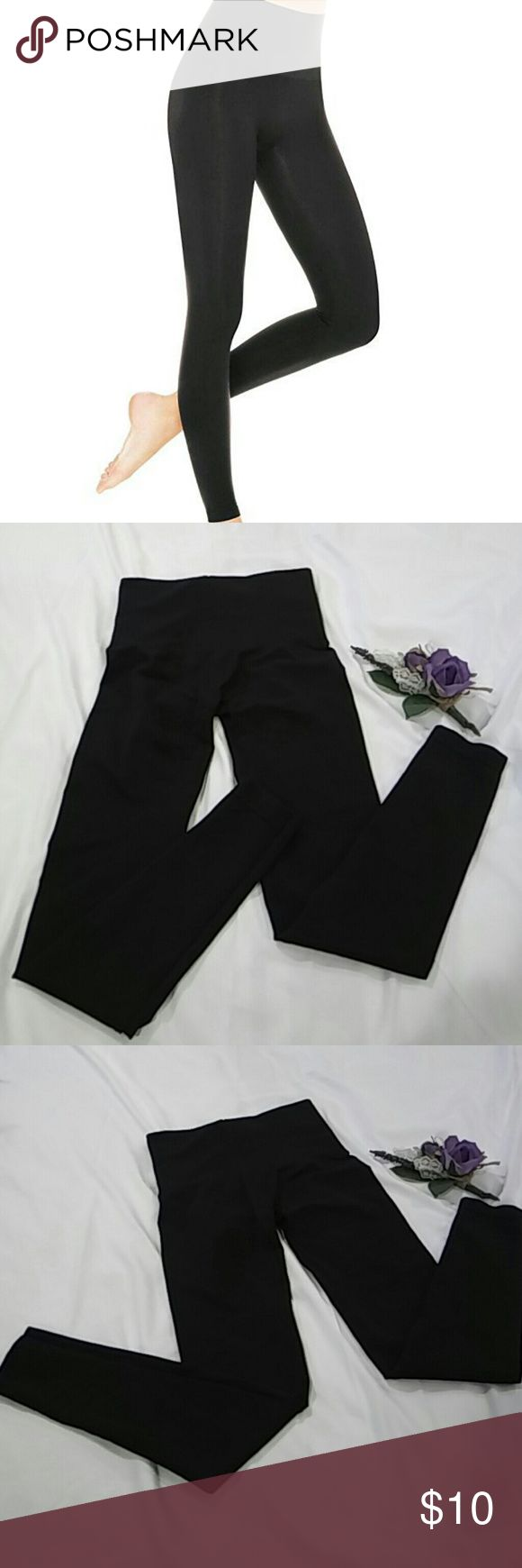 💲❤SALE! ❤💲Spanx assets leggings Spanx high waisted seamless leggings designed to make the legs appear visually smaller Assets By Spanx Pants Leggings