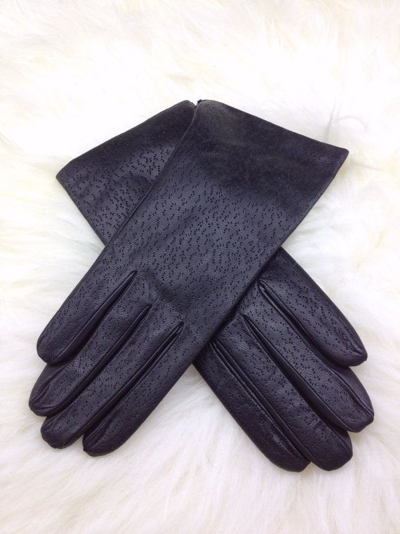 Genuine leather gloves in two unique styles. by BeFur on Etsy, €32.50
