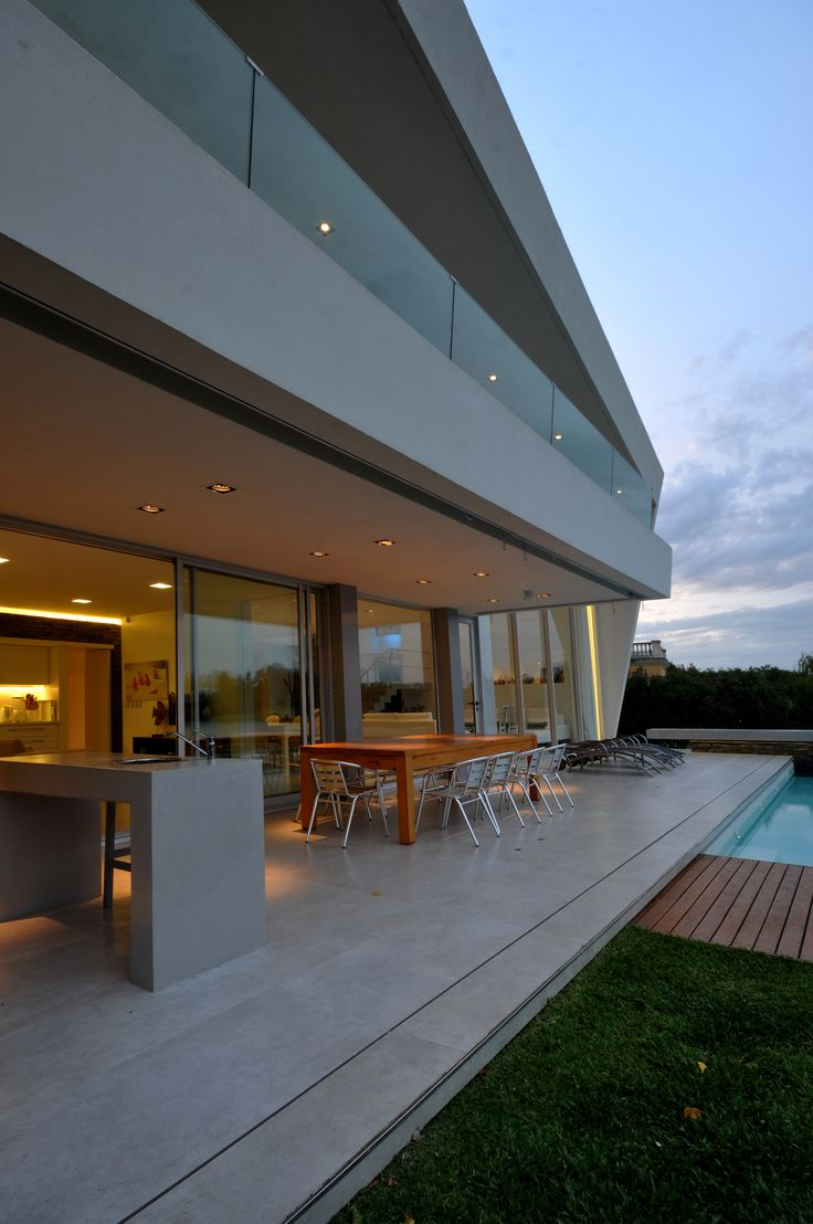 DLC House  #Arquitectura #Architecture #Disenio #Design http://www.vanguardaarchitects.com/es/what-we-do.php?sec=house&project=157