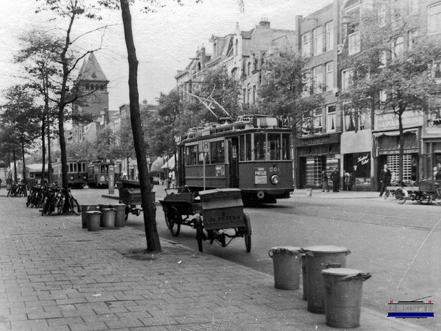 May 11, 1940. Rozengracht in Amsterdam during the war days May 10 - May 15, 1940. #amsterdam #worldwar2