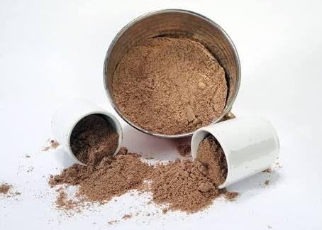 Yumuşak bir içimi olandibek kahvesinin zayıflamakbaşta olmak üzere daha bir çok faydası var. -Her gün düzenli olarak içildiğinde iyi kolesterolü artırır ve kötü kolesterolü dengede tutmaya yardı…