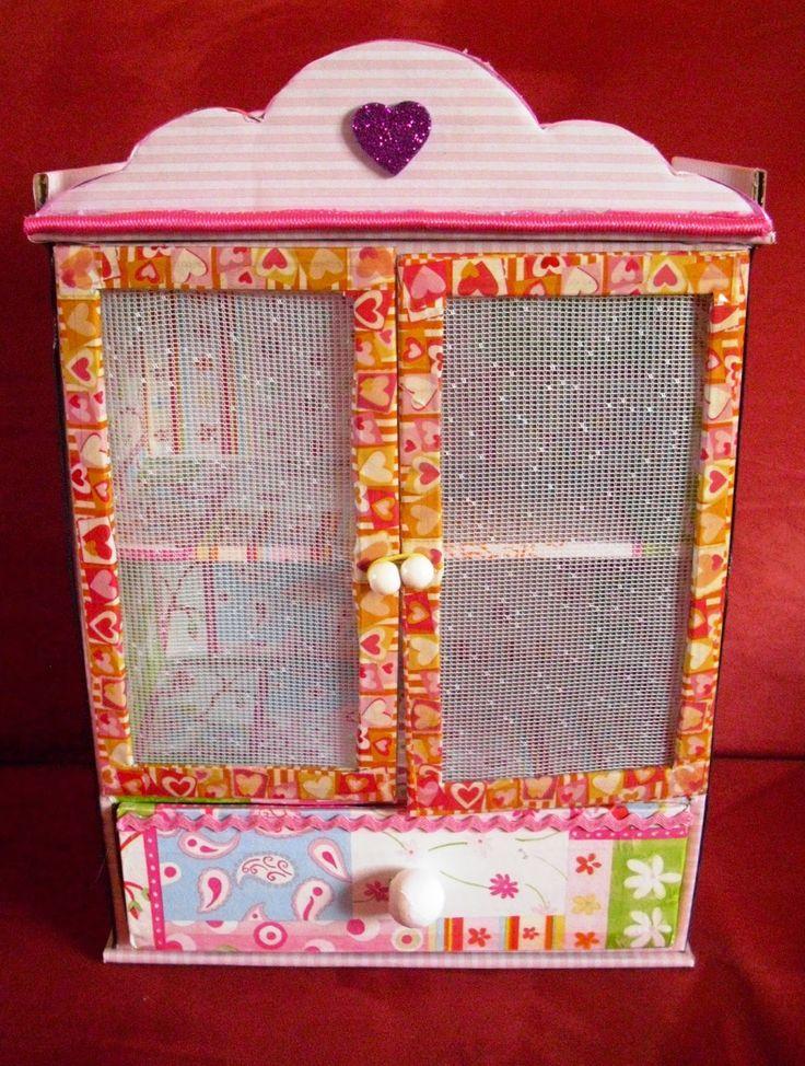 Hobbylka: Skříňka pro princezny