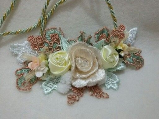Flowers necklace n hijab corsage
