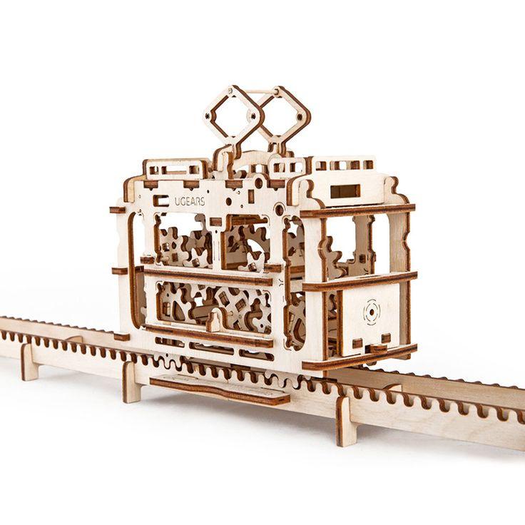 Трамвай UGEARS - это механический 3D пазл из дерева. Оригинальный и экологичный конструктор для детей и взрослых.