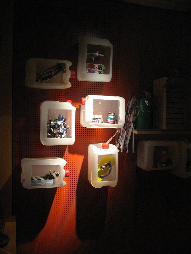 Upcycle vitrine. Gemaakt van PETflessen. Te zien in MixMax Brasil.