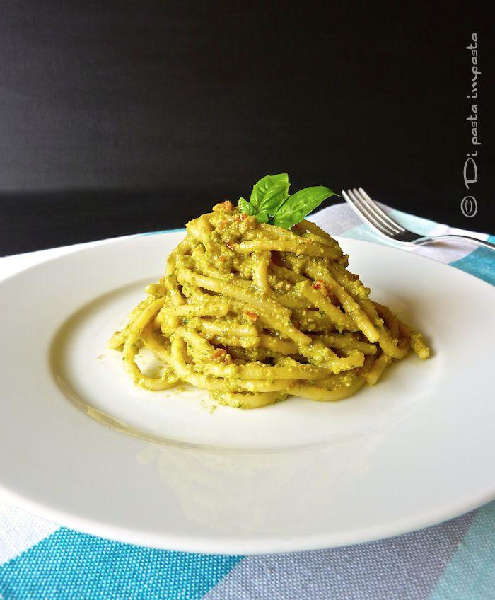 Di pasta impasta: Pesto di fiori di zucchina o di zucca