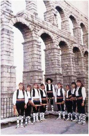 Traje típico regional de Segovia.