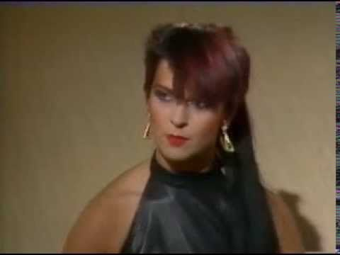 Toyah Interview - Harty 1983 - YouTube