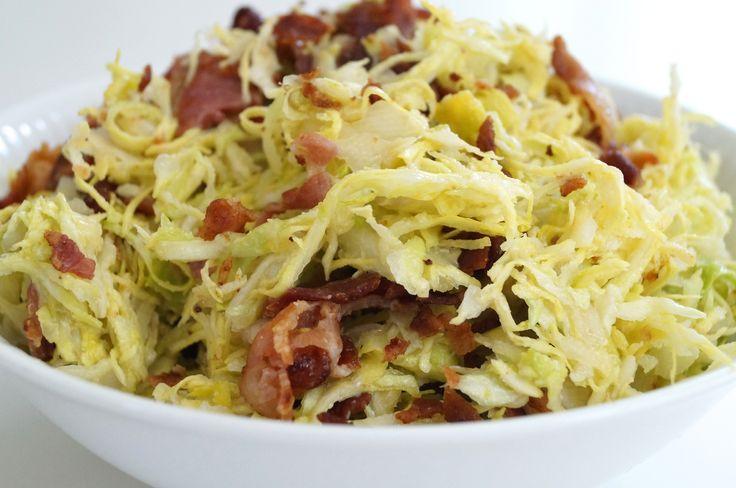 Spidskålssalat med bacon - lowcarb.dk