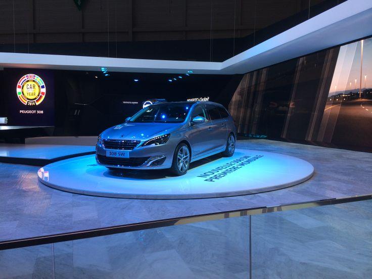 Peugeot 308. Årets bil i Europa. Tror ikke rigtig at de titler, herunder også Årets bil i Danmark, har den store betydning længere. Men det skader vel ikke (!).