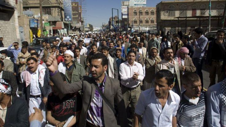 'You Will See #AlQaeda's Ranks Swell': Former Navy SEAL on #Yemen Crisis http://insider.foxnews.com/2015/01/25/you-will-see-al-qaedas-ranks-swell-former-navy-seal-yemen-crisis…