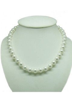 A classic pearl necklace
