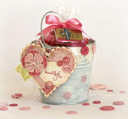 cute small gift idea--bucket of LOVE