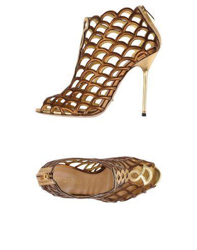 SERGIO ROSSI Sandals. #sergiorossi #shoes #sandals