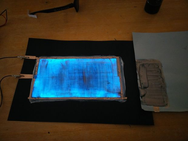 Picture of How to make Electroluminescent (EL) Paint!!