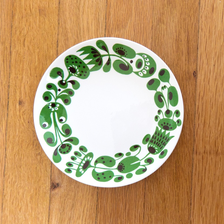 Gustavsberg Turtur Plate, pattern design by Stig Lindberg