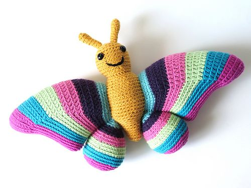 Amigurumi Butterfly Tutorial : 17 Best images about CROCHET * amigurumi * Insecte on ...