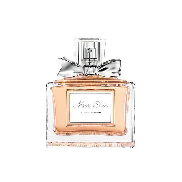 Tom Hooker usa Miss como Eau de Perfume