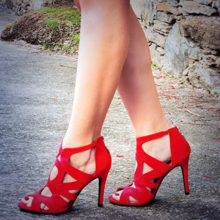 Pop of color #red #shoes #inspiration #heels
