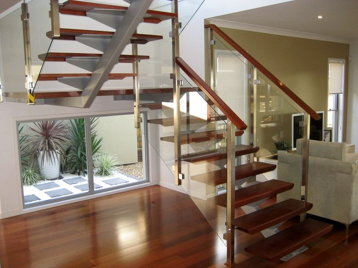 This mono-stringer stair is a good example of Arden's typical procedure of developing a stair design using modern construction methods