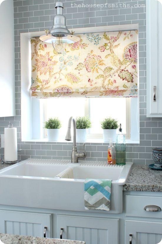 mutfak perdesi -  this site has wonderful photos of kitchen window treatments