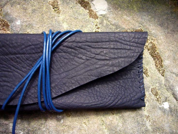 Ledermäppchen / Briellenetui aus Leder von Natural Design Crafts auf DaWanda.com