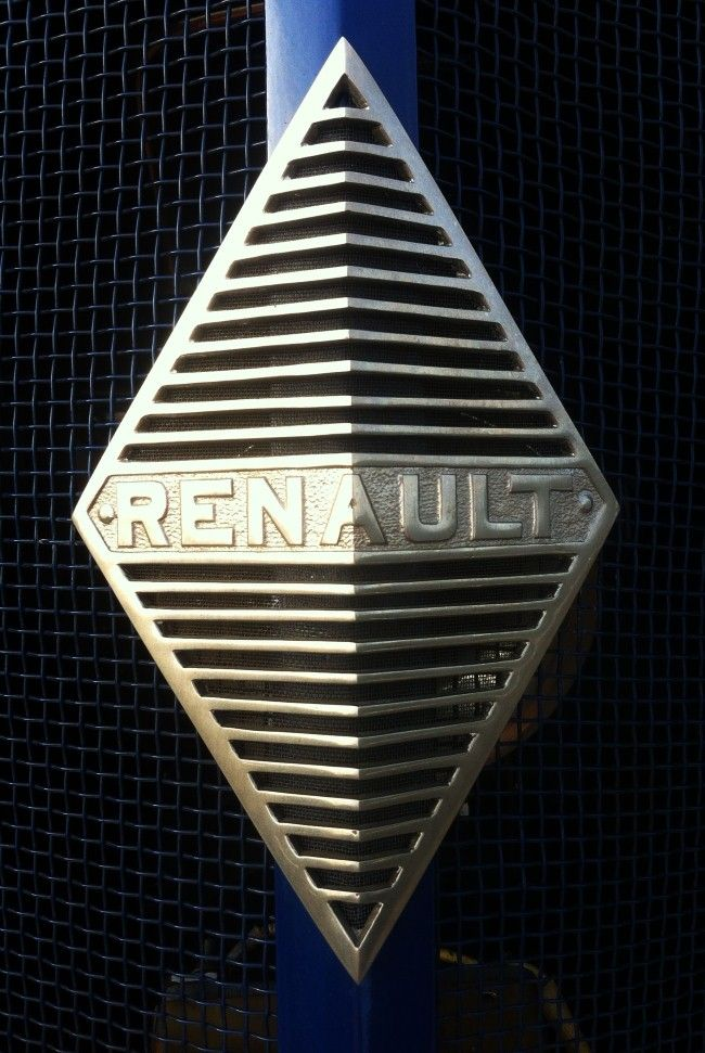 Goodwood Festival of Speed Renault car badge