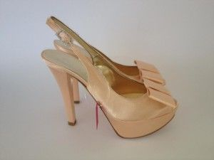 Model: Olimpia - Collezione di Scarpe da Sposa di Gloria Saccucci