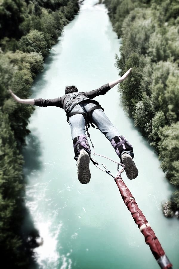 Bunjee jumping over pristine water. I most likely and probably will never ever do this..but hey what heck