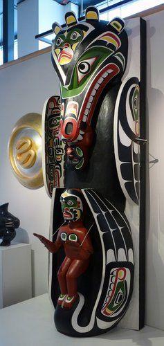 Sea Lion / Tsonoqua Totem Pole by Marcus Alfred, Kwakwaka'wakw artist (W110403)