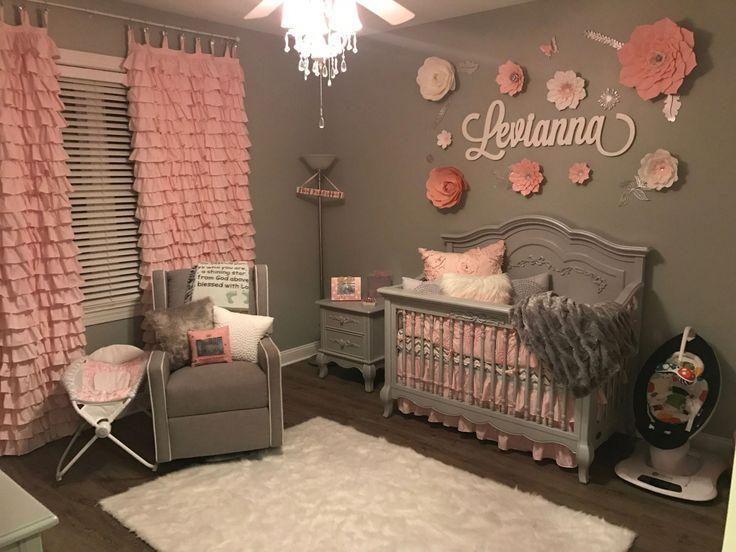 Graues und rosa Schlafzimmer des Babys. Handgemachte Vorhänge und Blumen. Liebe, wie sich alles herausstellte, #grauundrosa Schlafzimmerideen – #Babyzimmer #Vorhänge