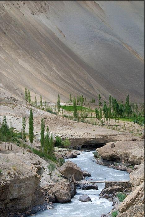 Ladakh, Zanskar, India    http://www.thrillophilia.com/trekking-ladakh.php
