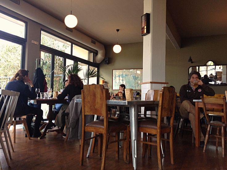Πsquare cafe bar restaurant Athens Greece