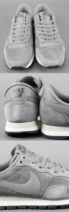 Nike Air Pegasus 83'    Nike Air Pegasus 83' Mercury Grey