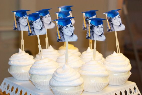 Got these for my daughters graduation party way too cute!: Graduation Hats, Photos Cupcakes, Grad Parties, Graduation Ideas, Parties Ideas, Graduation Photos, Graduation Cupcakes Toppers, Graduation Parties, Parties Cupcakes