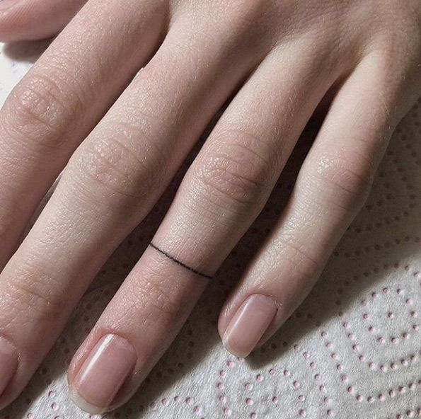 50+ Best and Stylish Finger Tattoo Ideas