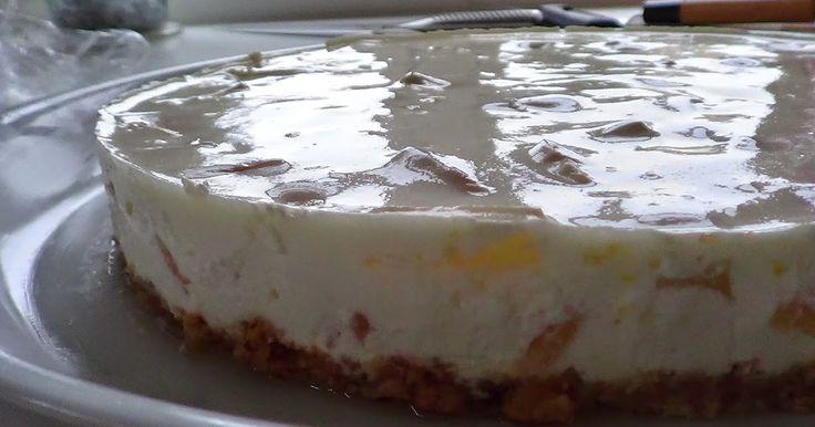 En nem og lækker Cheesecake. Perfekt hvis det skal gå lidt hurtigt.   Ananas Cheesecake -video   Ca. 8 personer  Du skal bruge:  50g smør  1...
