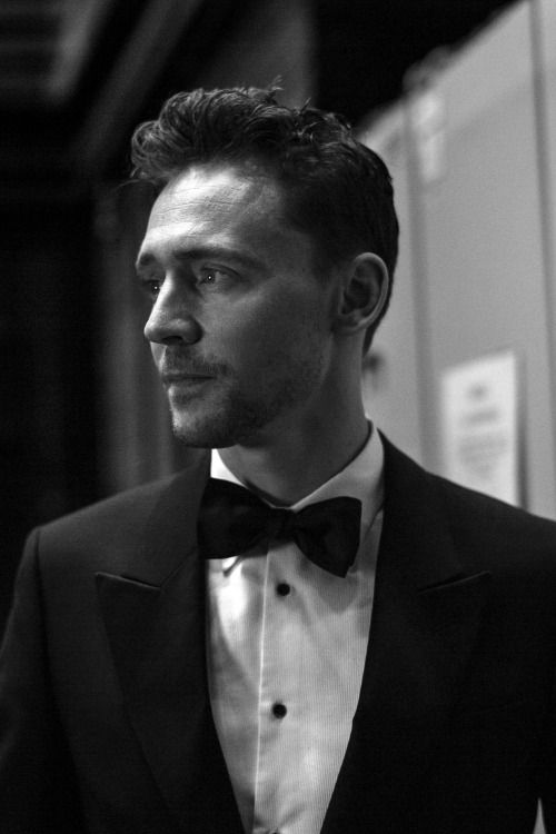 #TomHiddleston backstage at the EE British Academy Film Awards at The Royal Opera House on February 8, 2015.