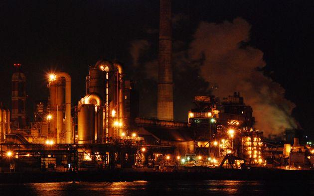 工場萌えスポット探訪 第5回「千葉港工場クルーズ」 | 日常を楽しむ | エンジニアLive | 極上のエンジニア人生を応援するWebマガジン