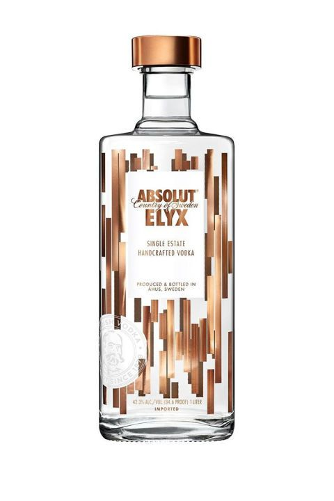 Upgrade your vodka sodas with this single-estate handcrafted vodka from Sweden. The Absolut Elyx is manually distilled in an Old World-style copper still, which purifies the vodka and adds a certain silkiness to its texture and taste.