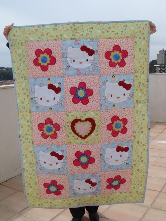 HELLO KITTY QUILT....so totally use this right now lol