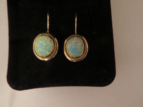 Alte-Opal-Ohrringe-585-Gold-Epochen-Ohrhaenger-Antik