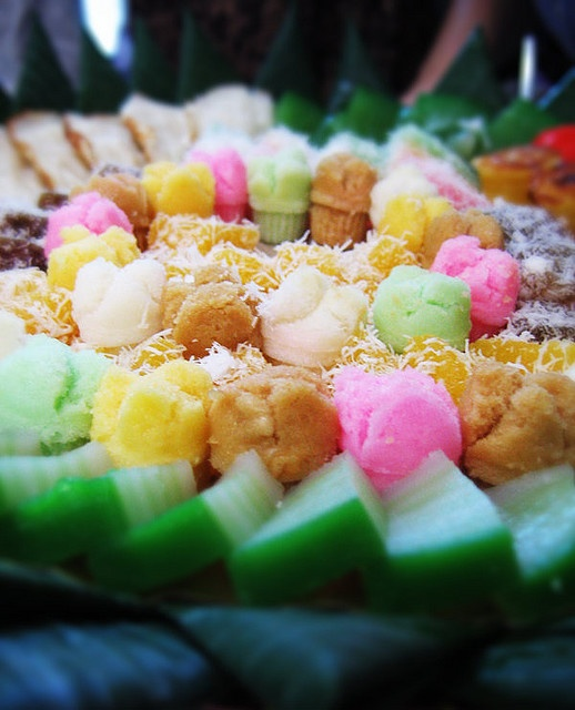 Indonesian Jajanan pasar - Indonesian Festive mini Cakes Platters, serve only in special occasion