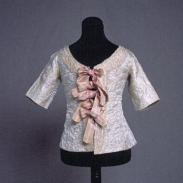 Silk bodice, dated circa 1770-1780. Kulturen. Lund, Sweden. http://carl.kulturen.com/web/object/103134