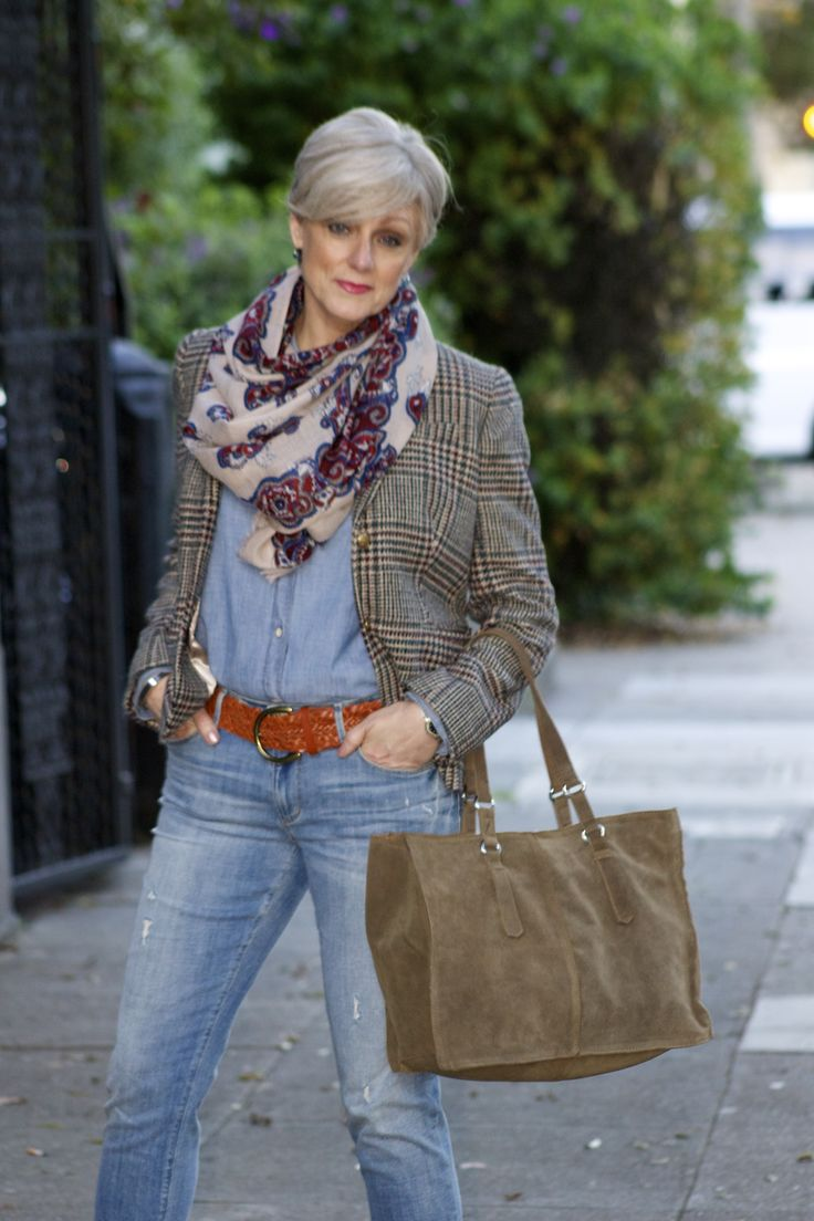 I like her casual chic look - soft neutrals and subtle pattern mixing of scarf and blazer/jacket