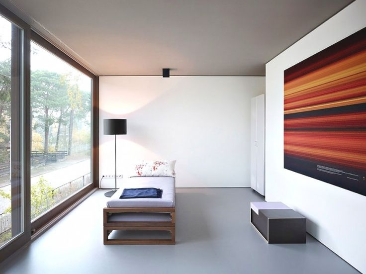 Minimalist space in this contemporary Eco-Friendly House from Germany featured by www.minimalistspace.com