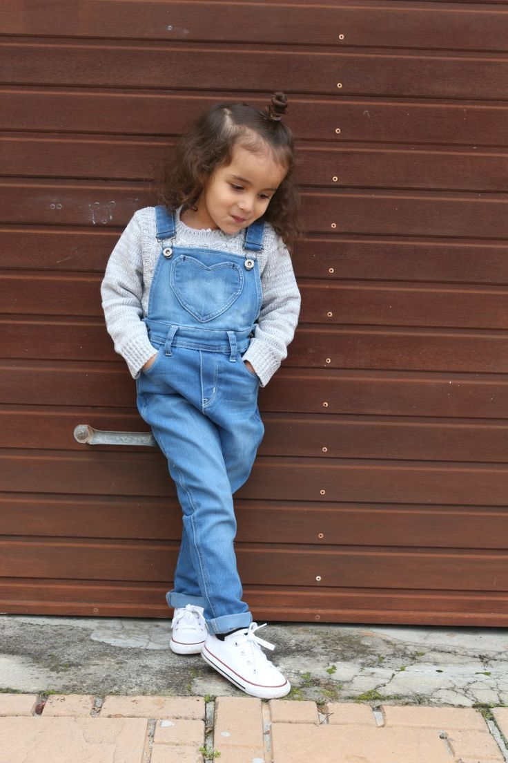 Denim dungaree with classic white converse all stars