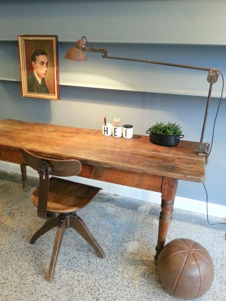 styling decoration interior vintage gesindetisch. Black Bedroom Furniture Sets. Home Design Ideas