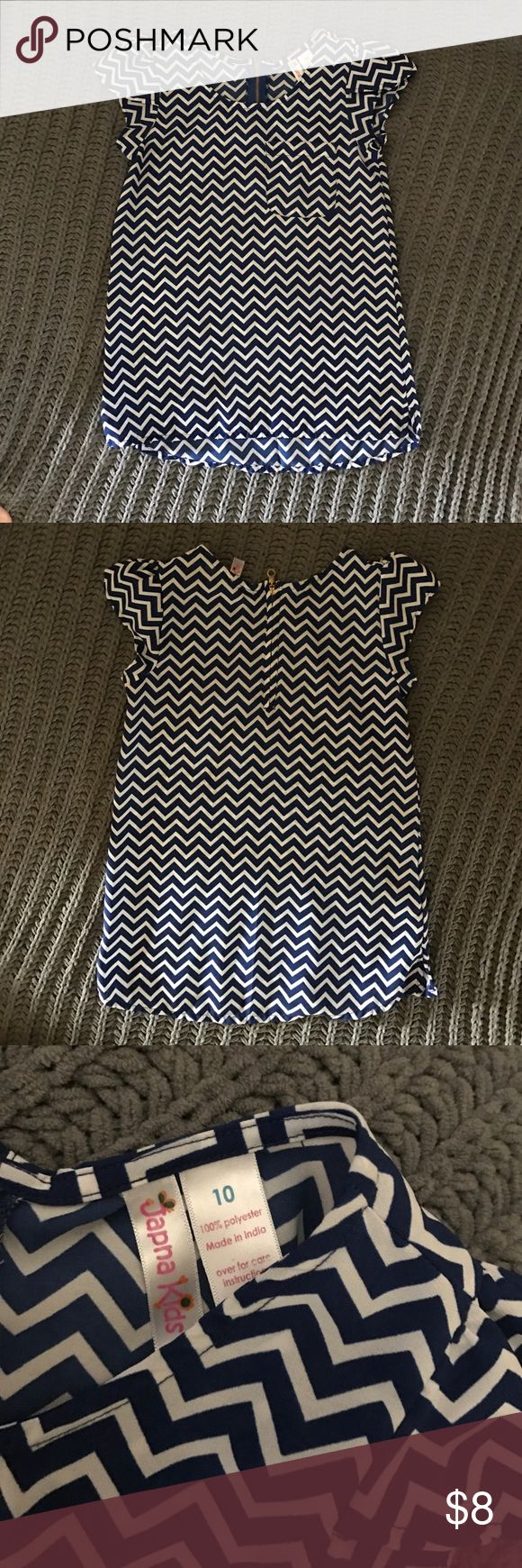 Girls Chevron Blouse Size 10 Girls Chevron Blouse Size 10, zipper in the back Shirts & Tops Blouses