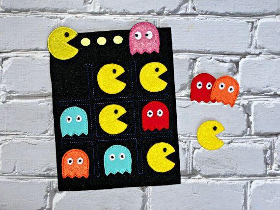 Tic Tac Toe ITH bordado diseño de Pac-Man por UncleMattsCrib